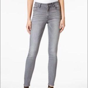 M1958 NY Transform Kristen jeans